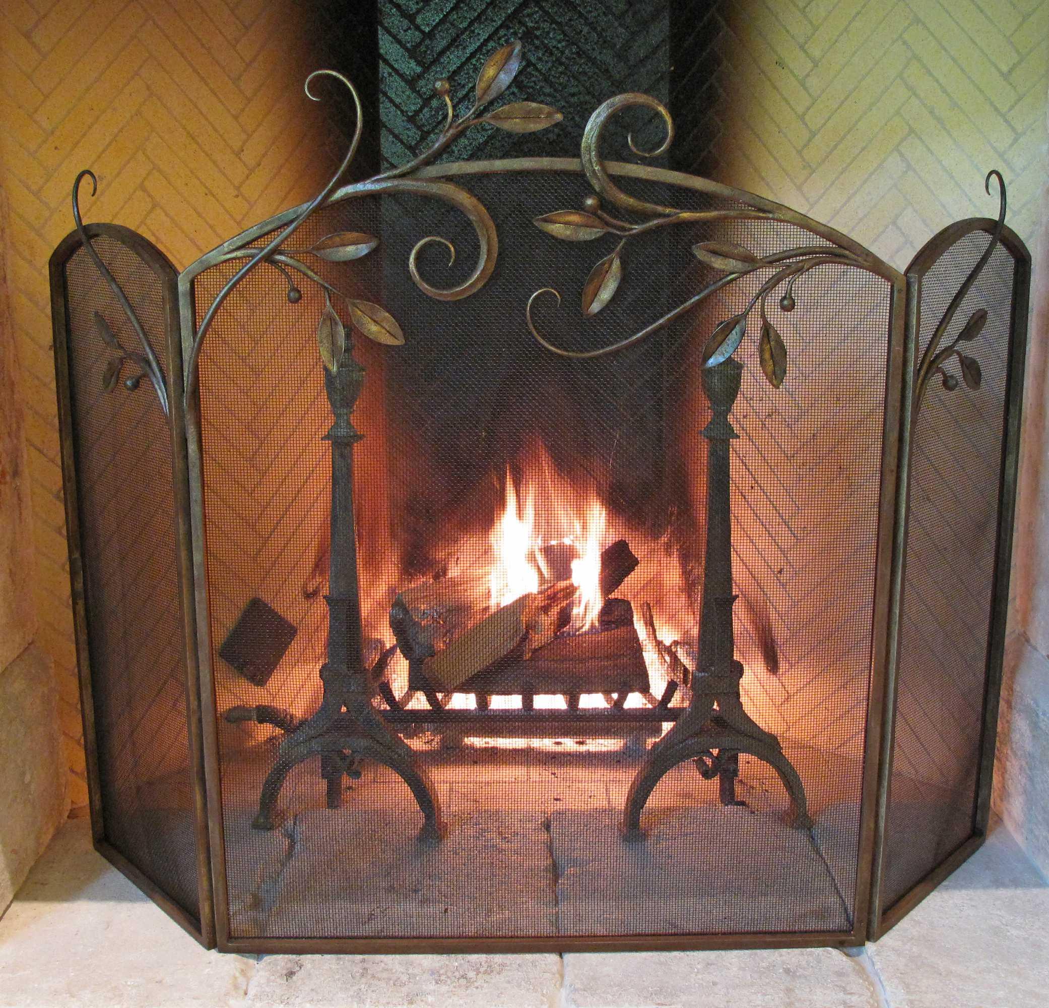 fireplace-leaf
