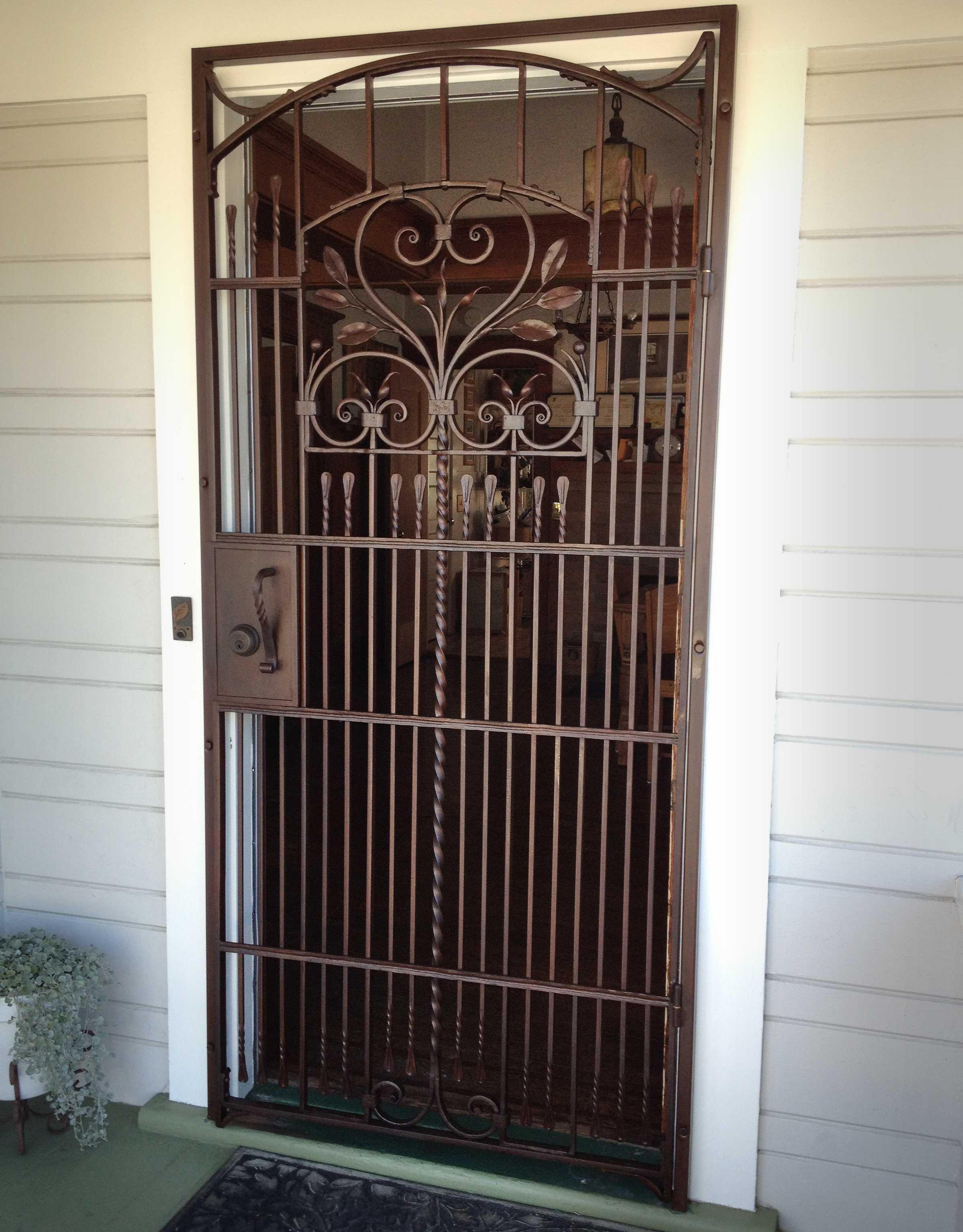 gates-doors-jang1