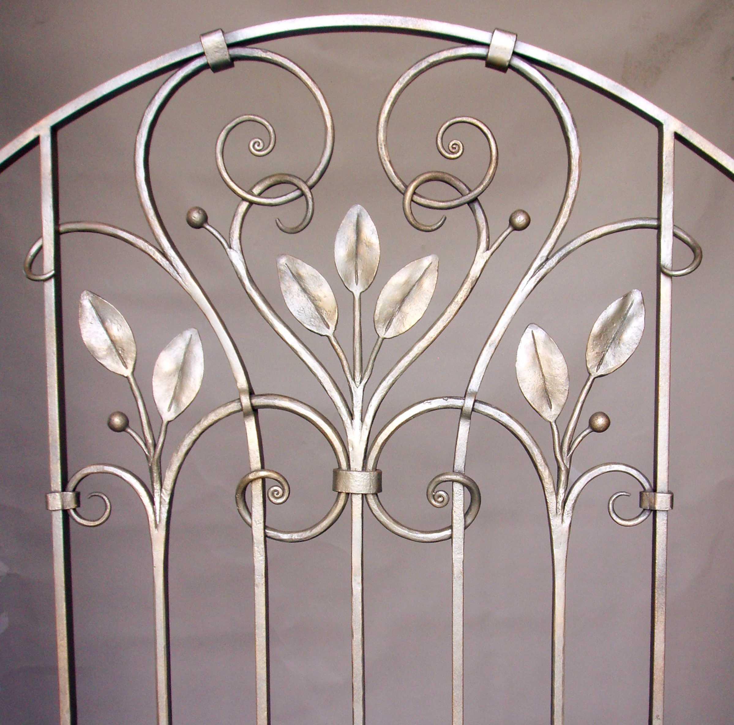 gates-doors-leaf1